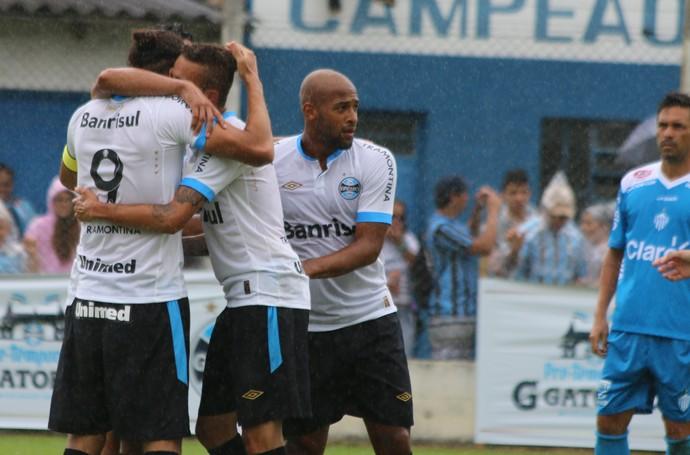 Grêmio Novo Hamburgo amistoso pré-temporada Gramado (Foto: Lucas Rizzatti/GloboEsporte.com)