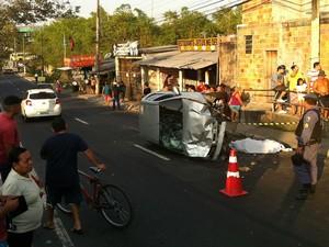 Acidente ocorreu na Avenida General Rodrigo Otávio (Foto: Luis Henrique Oliveira/G1 AM)