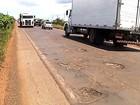 Buracos no período de chuva dão prejuízos aos motoristas em MG