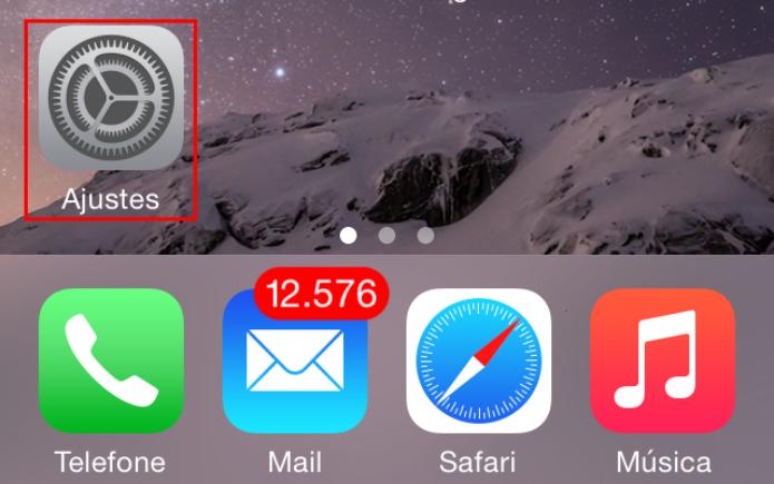 """Acessando a opção """"Ajustes"""" no iOS (Foto: Reprodução/Edivaldo Brito) (Foto: Acessando a opção """"Ajustes"""" no iOS (Foto: Reprodução/Edivaldo Brito))"""