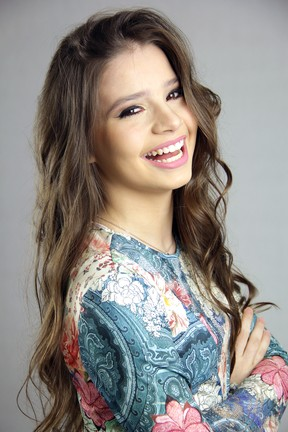 Milena Melo faz ensaio e fala sobre personagem de Malhação (Foto: Allan Ragazzy / Divulgação)