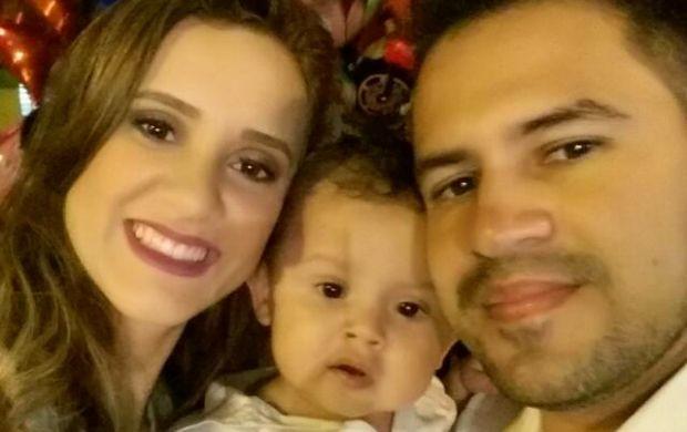 Karina é casada com Silvano Marques e tem um filho, Theo (Foto: Karina Quadros/Arquivo pessoal)