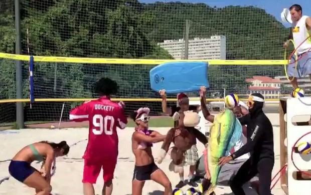Harley Shake no vôlei de praia (Foto: Reprodução / Facebook)