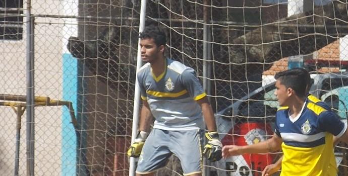 Mateus, goleiro do sub-17 do São Carlos-SP (Foto: Rovanir Frias/AI São Carlos)