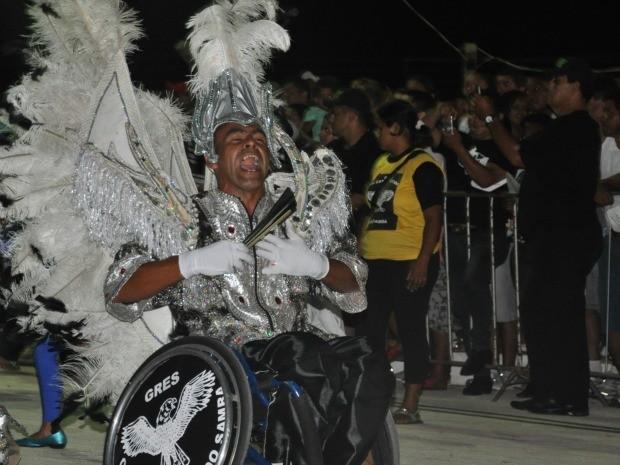 Mestre-sala cadeirante mostra que é possível driblar as dificuldades Campo Grande MS 2 (Foto: Gabriela Pavão/Do G1 MS)