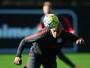 Ariel volta a ser relacionado por Roth dois meses após último jogo no Inter