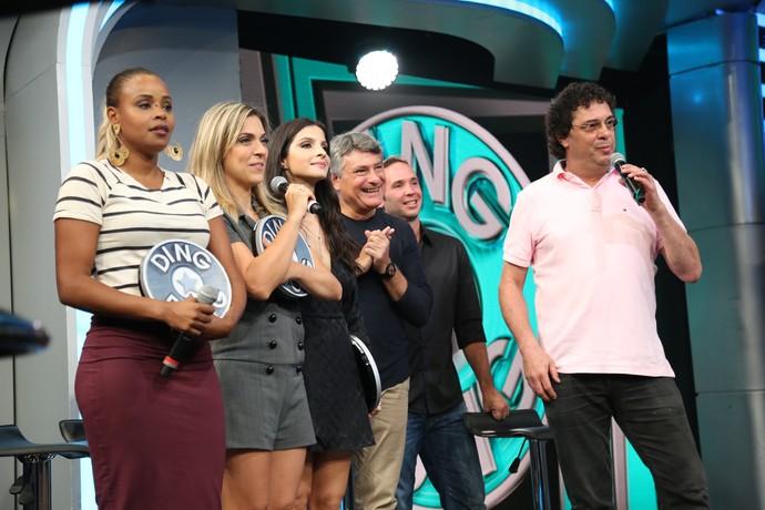Time 'A Regra do Jogo' e time do Esporte se enfrentaram no quadro do Domingão (Foto: Carol Caminha/Gshow)