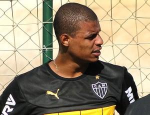 Lucas Cândido, volante do Atlético-MG (Foto: Léo Simonini)