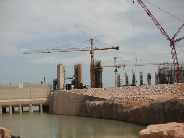 Usina está sendo construída no Rio Teles Pires em Sinop (Foto: Companhia Energética Sinop/Divulgação)