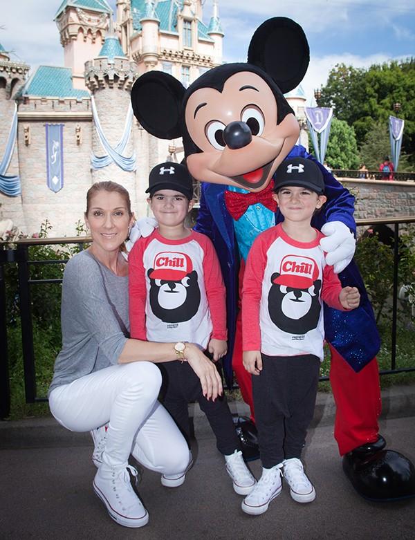 Celine Dion e os filhos Eddy e Nelson (Foto: Getty Images)
