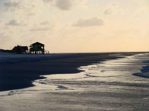 As praias de Algodoal oferecem um ambiente tranquilo para os visitantes. Na foto, a praia da Princesa (Foto: Frederico Lobo/Arquivo Pessoal)