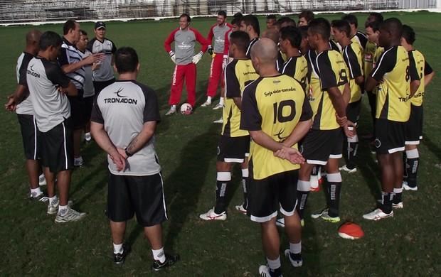 jogadores asa arapiraca treino (Foto: Divulgação / Site oficial do Asa de Arapiraca)