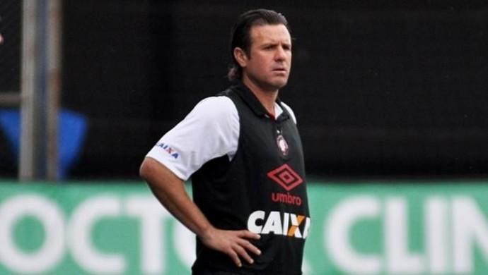 Marcão Atlético-PR técnco do sub-20 (Foto: Site oficial do Atlético-PR/Divulgação)