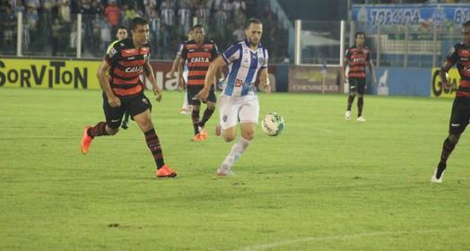 movimentado! (Fernando Torres/Ascom Paysandu)