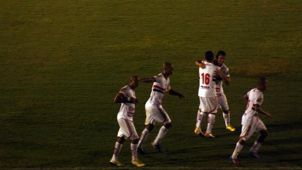 Nunes marca o segundo gol do Pantera (Foto: Cleber Akamine)