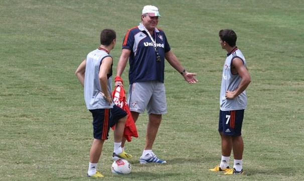 Abel quer um Fluminense mais ofensivo para o jogo de quarta (Foto: Ricardo Ayres/Photocamera/Reprodução: Globoesporte.com)