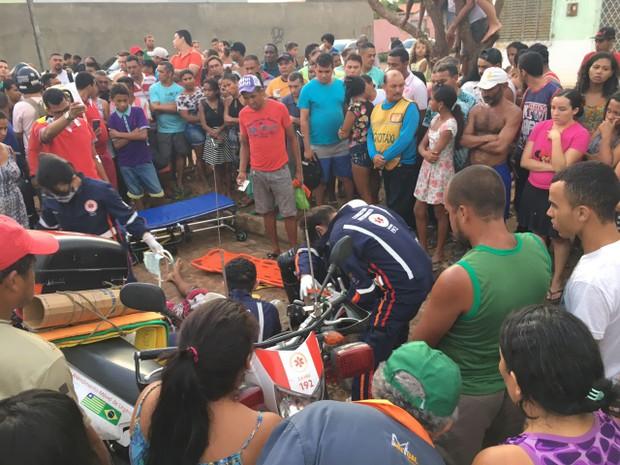 Adolescente chegou a ser socorrido pelo Samu, mas não resitriu e morreu (Foto: Catarina Costa/G1 PI)