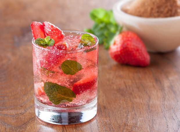 festa_bebida_alcoolica_caipirinha (Foto: Shutterstock)