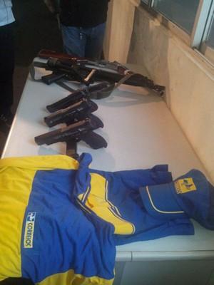 Quadrilha utilizava fardamento para realizar assaltos aos Correios (Foto: G1 Maranhão)