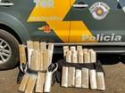 Polícia apreende 37 tabletes de maconha em caminhão em Castilho