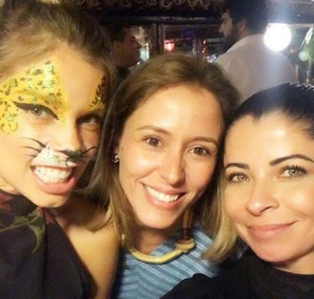 Grazi Massafera, Renata de Sa Freire Melles e Ana Lima (Foto: Reprodução)