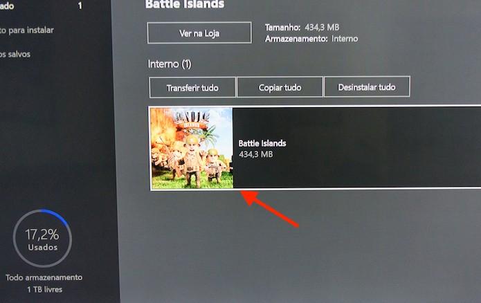 Selecionando o ícone de um jogo na página de gerenciamento do Xbox One (Foto: Reprodução/Marvin Costa)