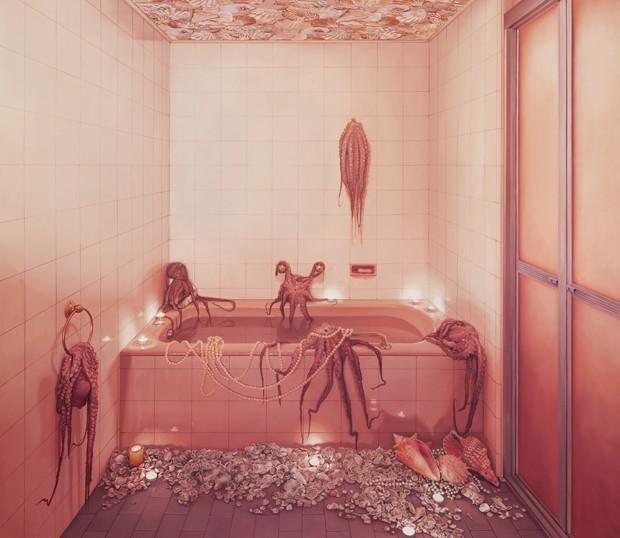 Ana Elisa Egreja, Banheiro rosa com polvos, 2017  (Foto: Filipe Berndt/Divulgação)
