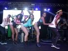 Anitta arrasta multidão em último ensaio antes de bloco