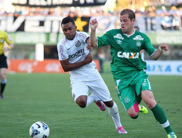 Cicinho e Tiago Luis, Chapecoense x Santos  (Foto: Getty Images)