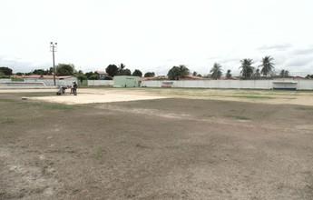Falta de água atrasa plantio de grama no Deusdeth; entrega fica para janeiro