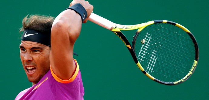 Rafael Nadal em ação contra Schwartzman (Foto: REUTERS/Eric Gaillard)