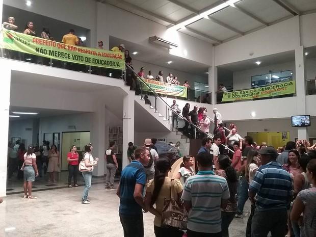 Professores ocupam Câmara de Vereadores, em Palmas (Foto: Divulgação/Sintet)