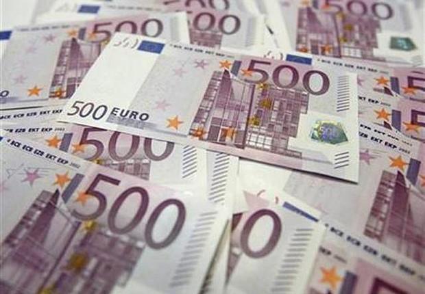 Notas de euro ; moeda da União Europeia ; zona do euro ;  (Foto: Dado Ruvic/REUTERS)