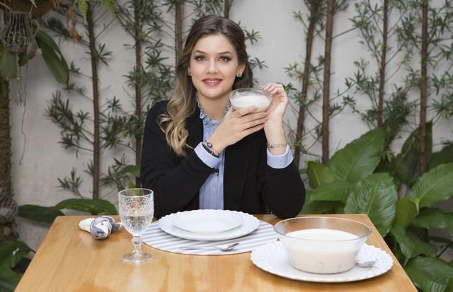 Alô, Doçura: Marcela Tranchesi ensina a receita de um mousse de biscoito (Foto: Rafael Avancini)