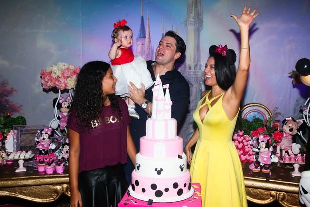 Mônica Carvalho faz festa de aniversário para a filha Valentina (Foto: Manuela Scarpa/Brazil News)