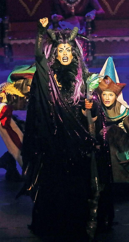 Em ação no palco  (Foto:  )