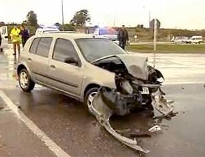 carro do acidente com Ghiggia  (Foto: Reprodução)
