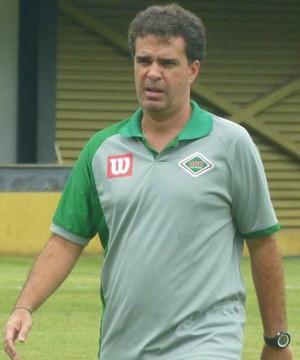Júnior Lopes, técnico da Cabofriense (Foto: Andreia Maciel/Cabofriense)