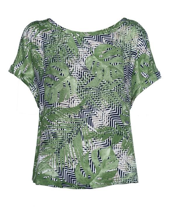 Blusa com tons de verde greenery. (Foto: Divulgação / Shoulder)
