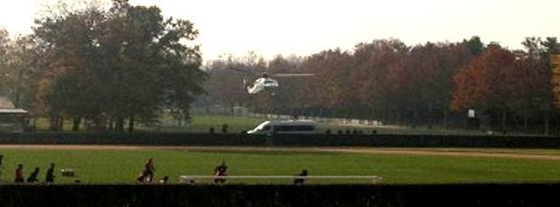Silvio Berlusconi no Milan Itália chegada  (Foto: Reprodução / Twitter)
