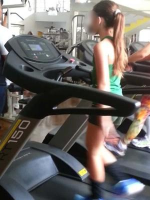 Menina de nove anos é a nova blogueira fitness 03 (Foto: Reprodução)