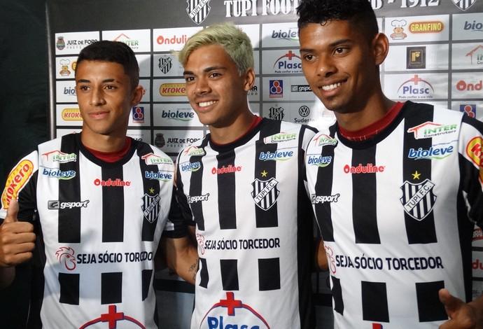 Thiago André, Matheus Pato e Bonilha Tupi-MG Fluminense (Foto: Raphael Lemos)