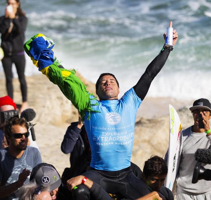 Adriano de Souza Mineiro campeão Margaret surfe (Foto: Divulgação/WSL)