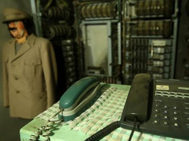 """""""Usavam velhos uniformes alemães"""", disse uma testemunha (Foto: EPA/BBC)"""