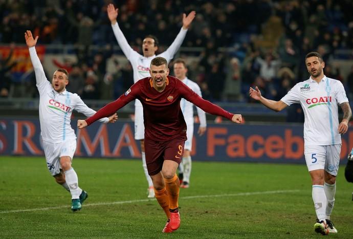 gol de dzeko, roma x chievo (Foto:  REUTERS/Alessandro Bianchi)