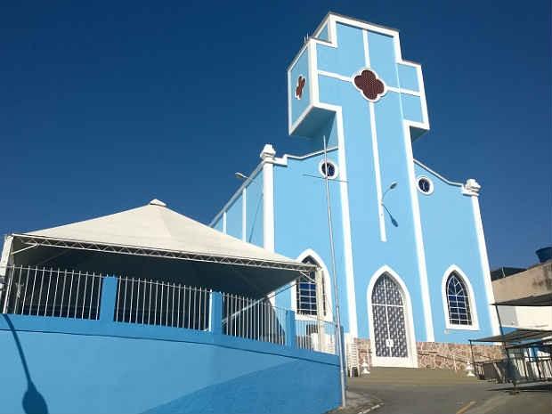 Igreja de NS Aparecida Bairro NS Aparecida Juiz de Fora  (Foto: Roberta Oliveira/ G1)