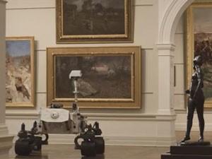 Réplica em tamanho real do robô Curiosity, criada para campanha da companhia aérea Qantas (Foto: Reprodução/ Youtube/ Qantas)
