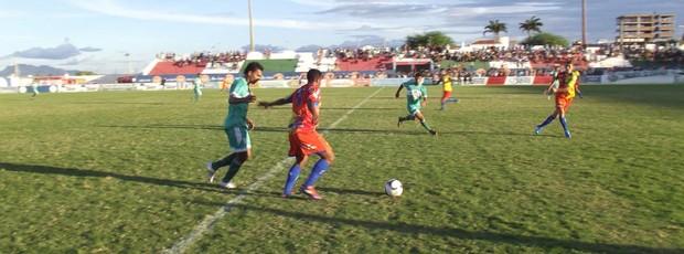 Nacional de Patos x Cruzeiro de Itaporanga - Campeonato Paraibano (Foto: Damião Lucena / Globoesporte.com/pb)