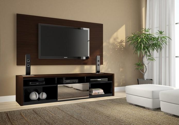 TVs e home theaters são altamente sensíveis a variações bruscas de tensão (Foto: Reprodução/Rudnick)