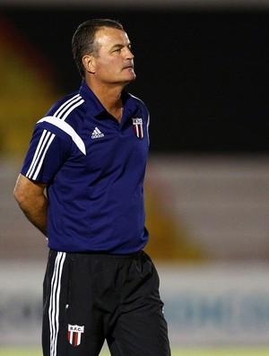 Mazola Junior, técnico do Botafogo-SP (Foto: Thiago Calil/Ag. Botafogo)